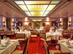 """""""Genießen und Wohlfühlen"""", so kann das elegante Restaurant auf der MS Mozart beschrieben werden"""